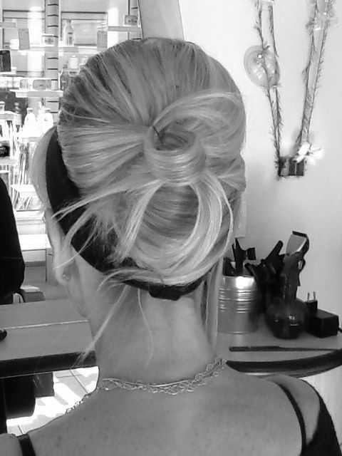 Adc coiffure a domicile coiffeuse domicile roanne 42300 for Salon coiffure roanne