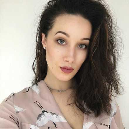 alexandra lc makeup