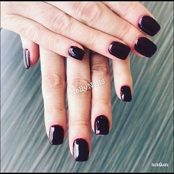 Kelly MakeUp Nails69970Chaponnay